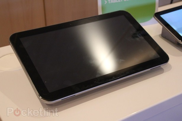 Toshiba Teases 13.3-Inch Quad-Core Tablet Concept