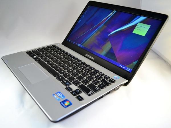 Samsung Series 3 NP-300U1A