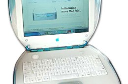 Clamshell_iBook_G3