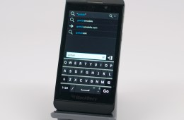 BlackBerry Z10 Review -  010