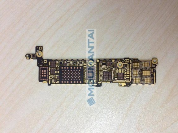 A claimed iPhone 5S logic board.
