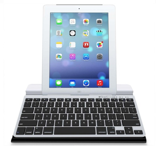 BluBoard bluetooth keyboard with iPad