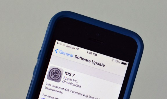 Installing iOS 7 while traveling could cause headaches.