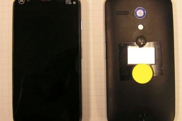 Photos of the Moto DVX, filed with the FCC.