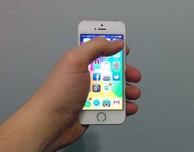 The iPhone 5s one handed use.