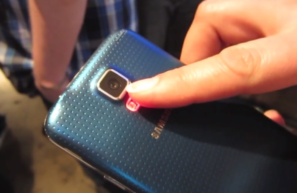 The Galaxy S5 features a pulse sensor to track your heart rate.