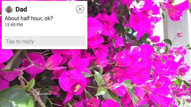 LG G3 Review: Messages and other alerts over other apps.