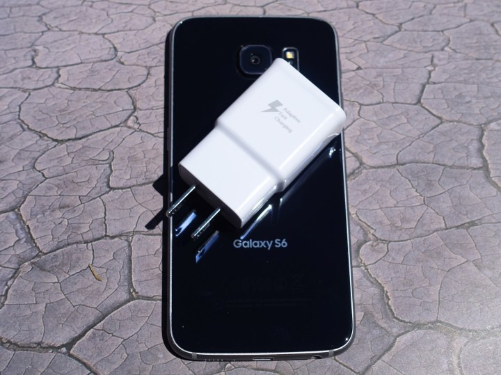 Galaxy-S6-charger