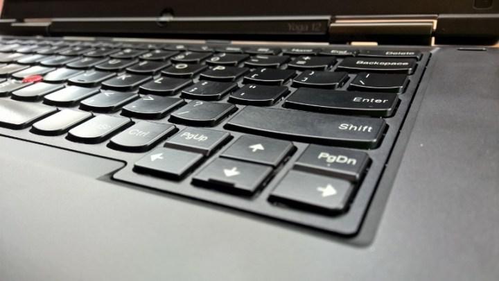 Lenovo ThinkPad Yoga 12 2015(7)