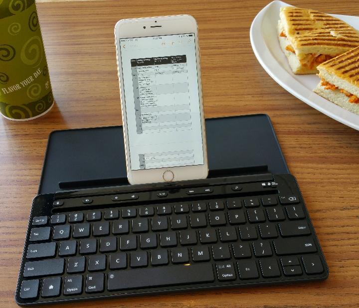 microsoft universal mobile keyboard with iphone