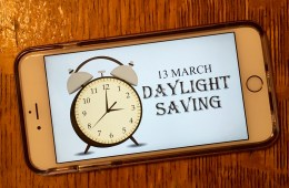 What you need to know about iPhone Daylight Saving time 2016.