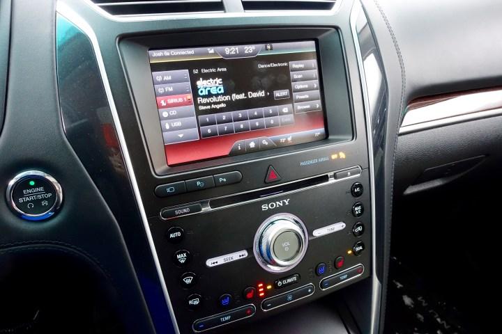 2016 Ford Explorer Platinum Review - 6