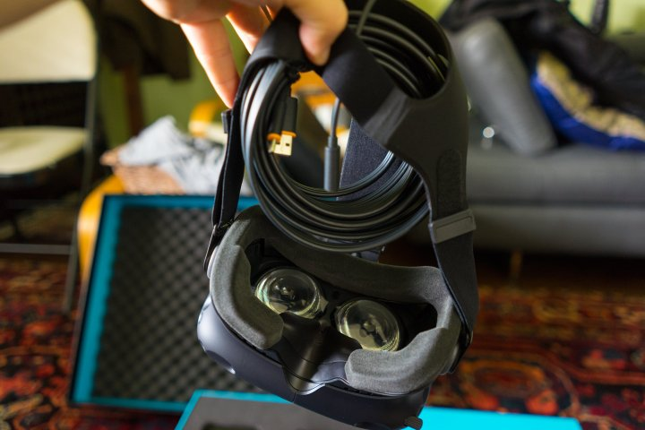 HTC-Vive-Review-Headset