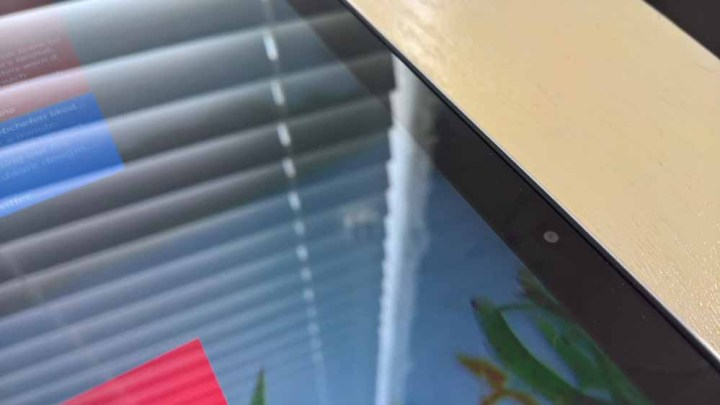 Lenovo Yoga 710 Review010