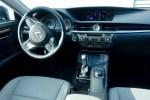 2016 Lexus ES350 Review - 14