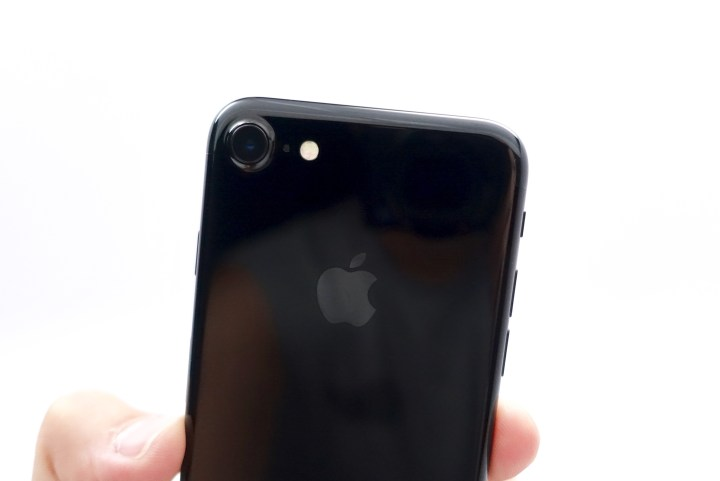 iPhone 7 Jet Black - 2