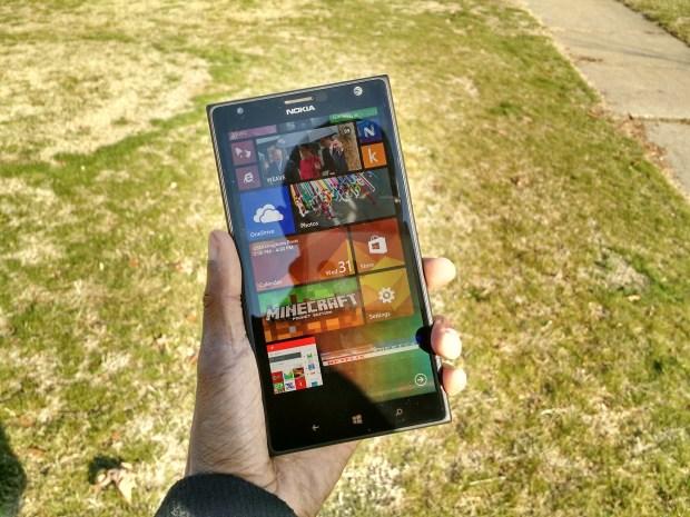 Lumia 1520 Review (2)