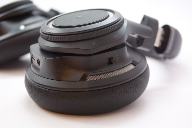Controls on the ear cups make it easy to change volume or track.