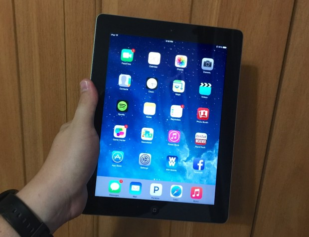 Here is our early iOS 8.1 on iPad 3 review.