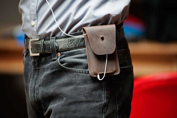 waterfield designs spinn case for iphone 6 plus with belt holder