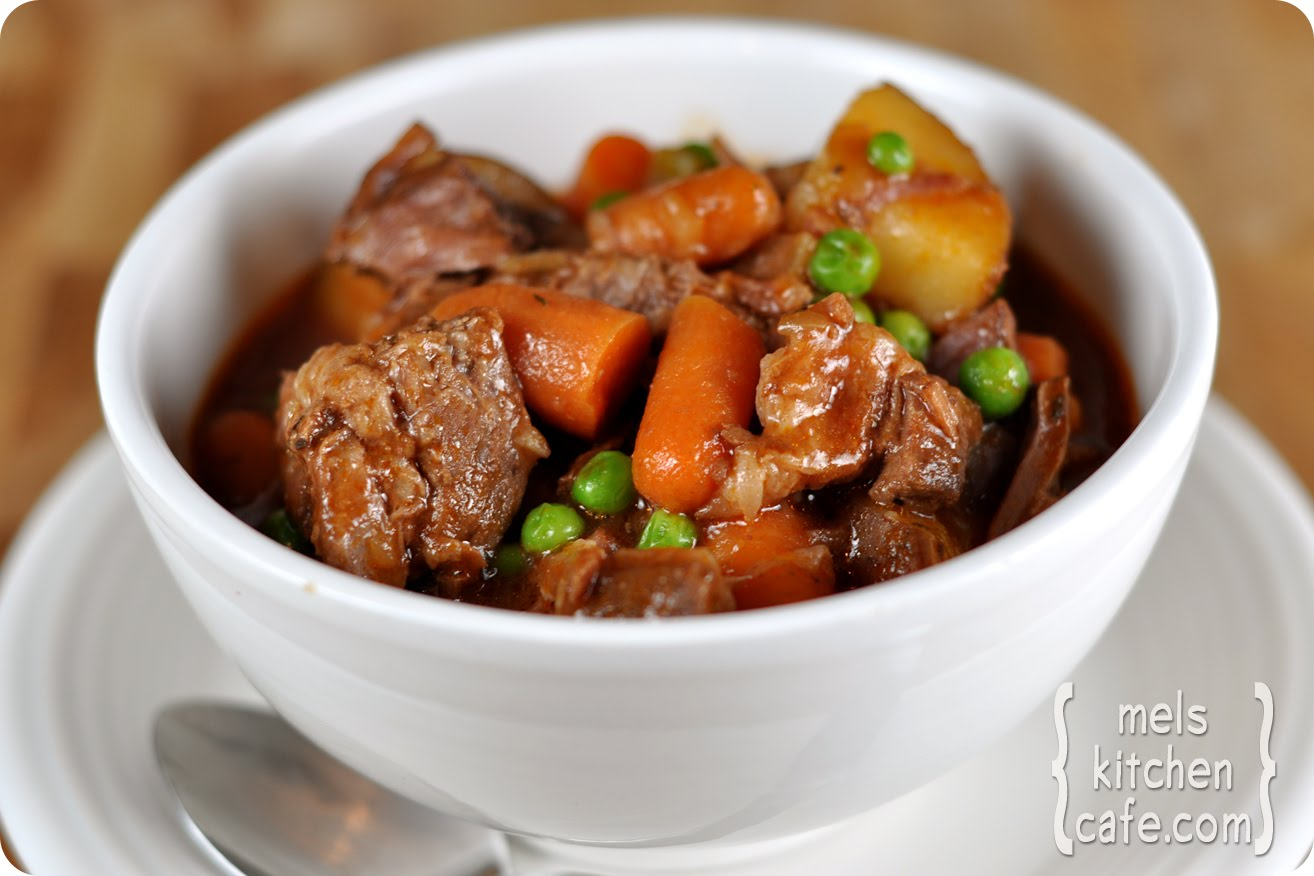Engrossing Home Slow Cooker Beef Stew Recipe Hearty Beef Stew Crock Pot Hearty Beef Stew Taste nice food Hearty Beef Stew