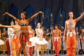 Kondaurova, Ermakov and the Mariinsky girls triumph in La Bayadère in Turin