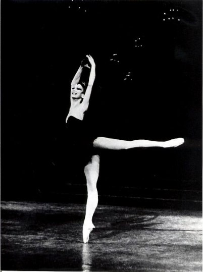 Maina Gielgud answers the Gramilano Questionnaire… Dancers' Edition
