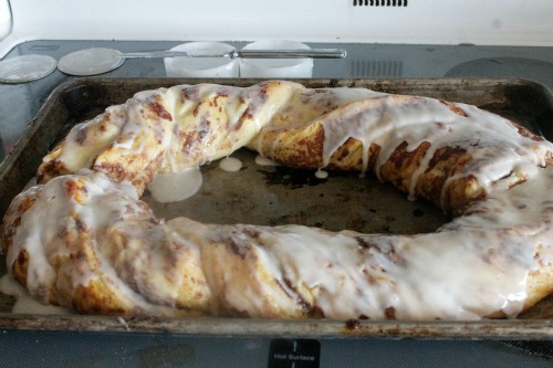 Cinnamon Roll Cake first icing