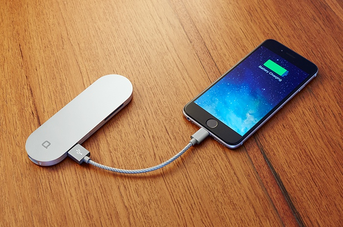 The Hub+ even charges your smartphone with its built-in lithium ion battery (photo by Nonda)