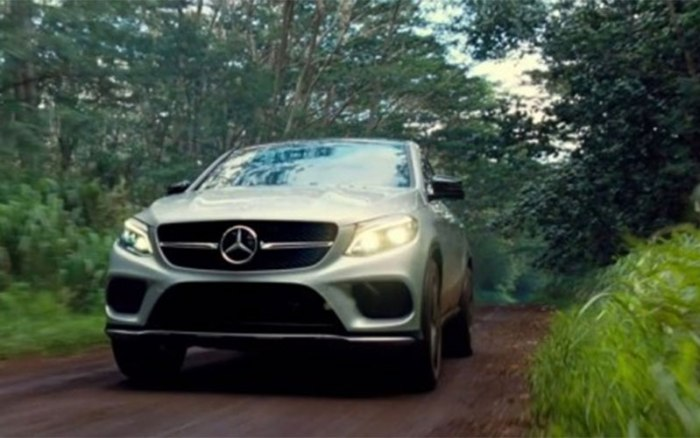 Mercedes-Benz in Jurassic World