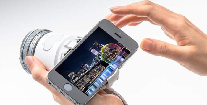 Olympus Air - smartphone attached