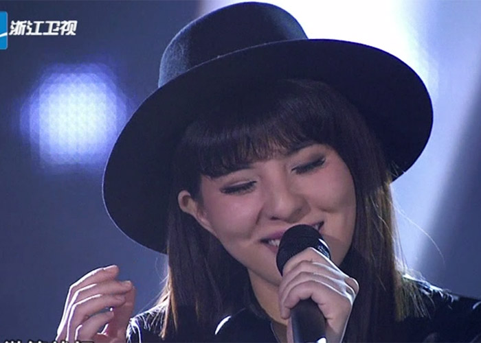 Bei Bei in The Voice of China 4 Episode 12