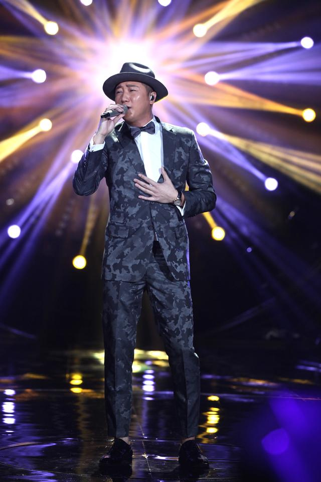 Guan Zhe in I Am A Singer Season 4 Round 1