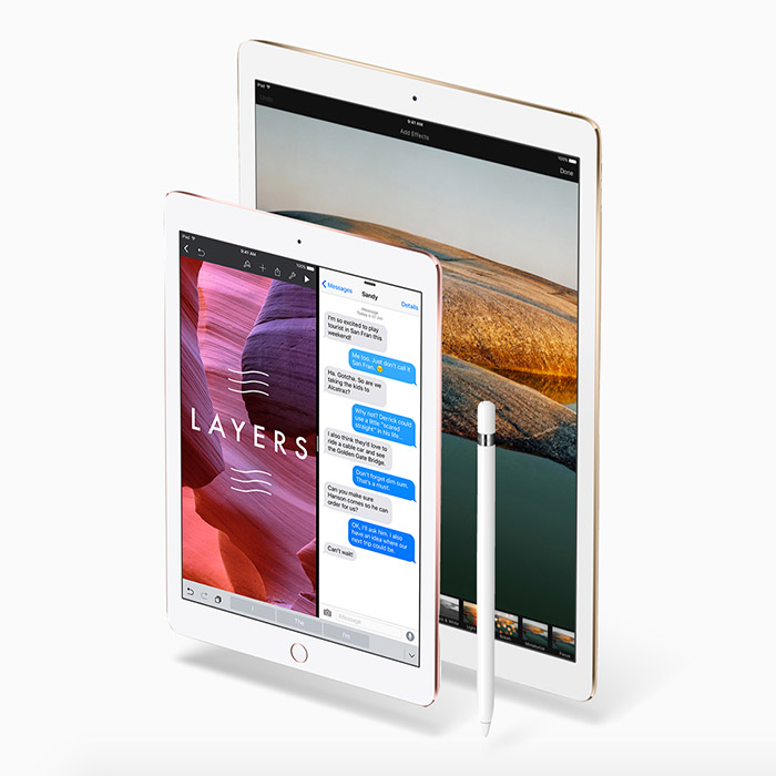 Size comparison between 9.7-inch iPad Pro and 12.9-inch iPad Pro