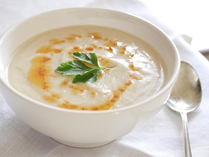 White_velvet_soup
