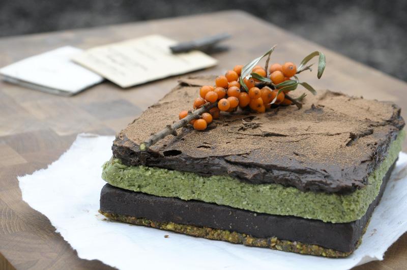 Raw_cake_1