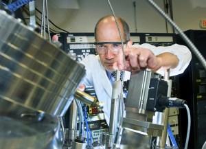 ivan bozovic 300x217 Scientists Discover Nano Scale Superconducting Material