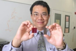 yang yang polymer cell 300x199 Record Breaking Efficiency for Polymer Solar Cells Achieved by UC Researchers