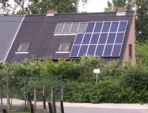 ThermodynamicVSPhotovoltaicpanels 300x230 Residential Solar Installations Getting Cheaper