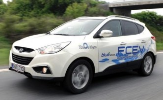 commitment-to-hydrogen-car-development-increases-as-automakers-step-back-from-battery-ev-development-625x1000