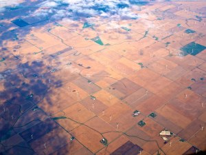 Flying over the midwest 300x225 Climate Change to Impact U.S. Midwest Especially, Study Shows