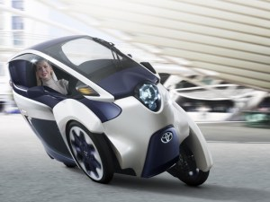 TOYOTA iROAD 01 GMS 2013 660 300x225 Toyota i Road Concept: Short Range Electric Tricycle