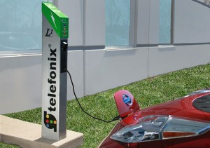 will telefonix l1 field 620 300x211 Telefonix Level 1 Electric Vehicle Charger   Simple and Convenient, But Pricy