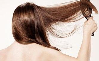 1011-07_sexy-shiny-hair-tips-woman-brushing-hair_li