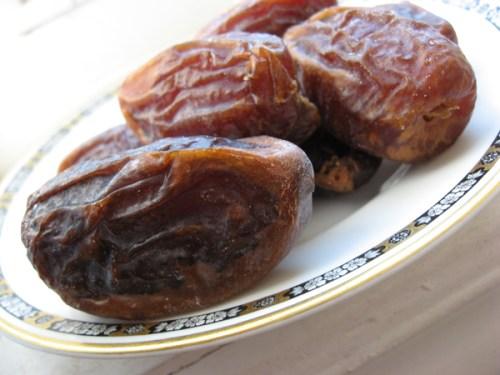 ramadan iftar dried date