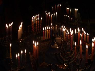 Eco Rabbi: Take the Hanukkah Challenge!