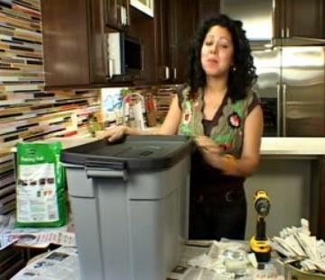 Make Your Own Vegetable Composter for $10