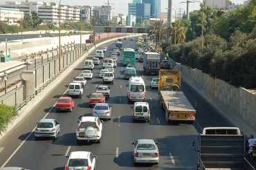 Tel Aviv Will Ban Trucks During Morning Rush Hour to Reduce Congestion