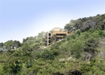 Greenstone Revolutionizes Lebanese Building Industry One Green-Roof Villa at a Time