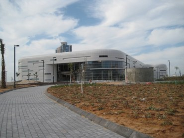Shopping Malls Go Green in Israel